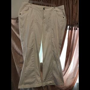 24W boot leg/Flare white Lane Bryant Pants